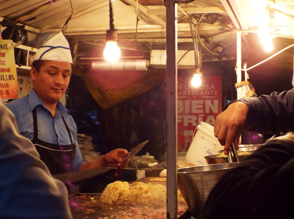 streetside tacos in La Roma