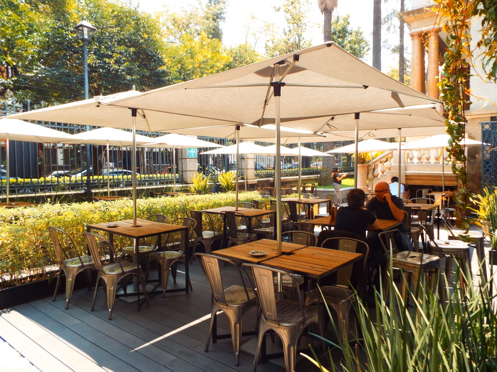 patio at casa quimera