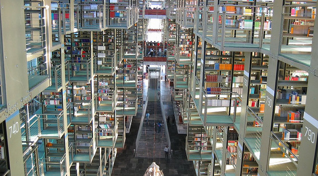 jose-vasconcelos-library-in-mexico-city